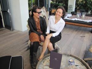Patricia Borges e Patricia Lobaccaro no 'W' de South Beach. Foto de Carla Guarilha.