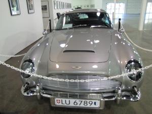 1964 Aston Martin DB5, avaliado hoje em US$1,250,000. Fotos de Carla Guarilha.