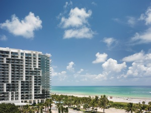 W South Beach Residences é um dos favoritos dos brasileiros - Os preços variam de US$620 mil por um studio com 53m2 a mais de US$7 milhões. Foto: cortesia do W South Beach