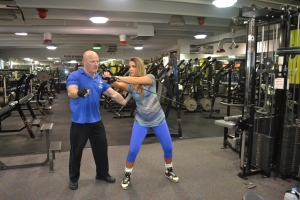 Bárbara treinando com Troy Eckonen, seu marido e mentor, parceiro de academia e de vida. Foto de Carla Guarilha