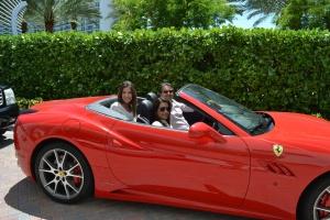 A familia Semenzato curte uma tarde ensolarada em Miami.