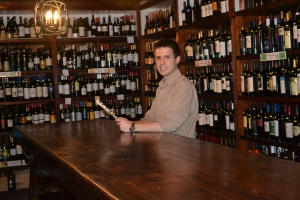 Javier Fonseca, 25 anos, filho do dono, é vice-presidente e gerente de vendas. Foto de Carla Guarilha