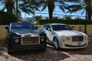 Bentley e Rolls Royce são os mais comuns no estacionamento do Acqualina. Foto de Carla Guarilha