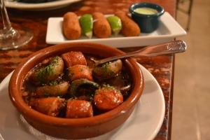 Champiñones y Chorizo a la Cabernet. Foto de Carla Guarilha